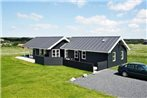 Three-Bedroom Holiday home in Lokken 40