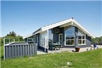 Three-Bedroom Holiday home in Lokken 6