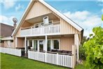 Three-Bedroom Holiday home in Stromstad 3