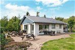 Three-Bedroom Holiday home in Thyholm 4