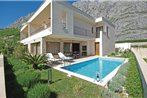 Three-Bedroom Holiday home Makarska with Sea view 08