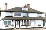 Three Bridges B & B - Gatwick
