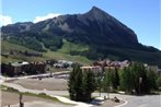 Three Seasons by Crested Butte Lodging