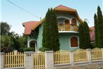 Two-Bedroom Apartment Balatonmariafurdo near Lake 3