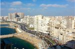 Two-Bedroom Apartment Beside San Stefano Alexandria