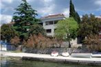 Two-Bedroom Apartment Crikvenica 4