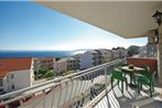 Two-Bedroom Apartment Makarska with Sea View 03