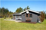 Two-Bedroom Holiday home in Lokken 18