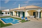Villa With Pool In Sagres