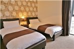Warwick Place Serviced Apartments by RoomsBooked