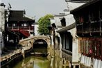 Wuzhen Ancient Alley Inn